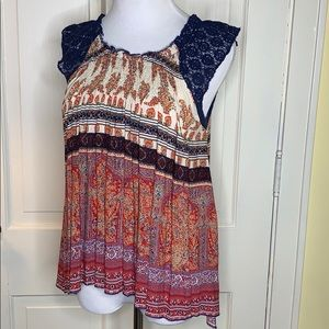 Hazel multiple color sleeveless top Size Small